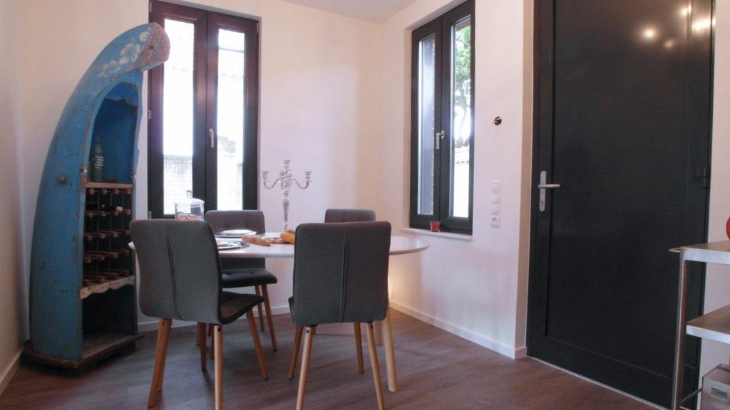 Homestaging in Ferienwohnung: Esszimmer