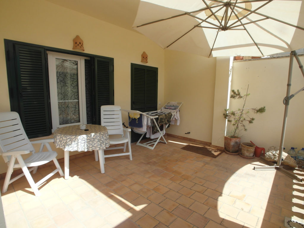 Terrasse vor Homestaging